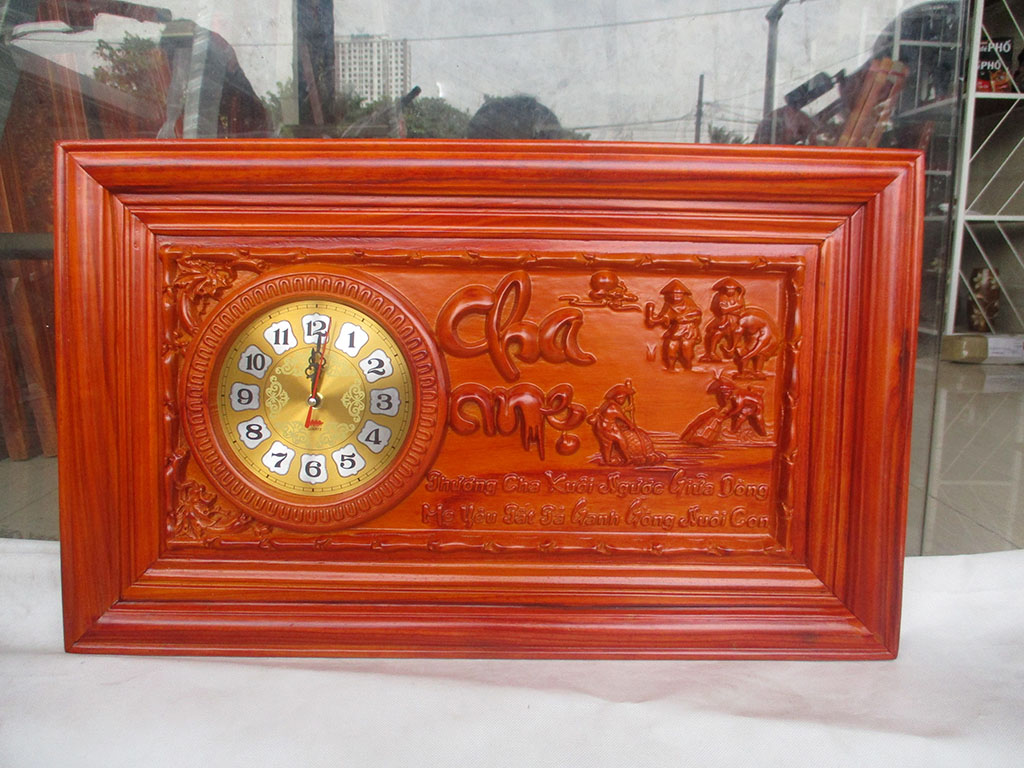 Đồng hồ gỗ hương Công Cha Nghĩa Mẹ sơn pu kích thước 68cm - TGPX2308PU