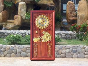 Đốc lịch đồng hồ phật di lặc kéo tiền gỗ hương 41cm x 81cm - TGPX2104