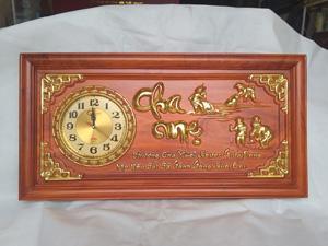 Tranh Đồng Hồ Gỗ Cha Mẹ Dát Vàng 81cm - TGPX2161