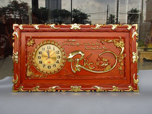 Tranh gỗ đồng hồ chữ Phúc thư pháp thếp vàng 88cm x 48cm - TGPX2282