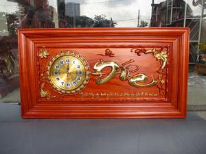 Tranh gỗ hương đồng hồ chữ Đức dát vàng 88cm x 48cm - TGPX2294