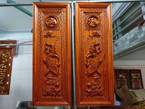 Tranh gỗ hương Lý Ngư Vọng Nguyệt loại đẹp - TGPX2238