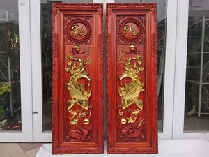 Tranh Cá Chép - Lý Ngư Vọng Nguyệt bằng gỗ hương cao cấp 40cm x 117cm - TGPX2211