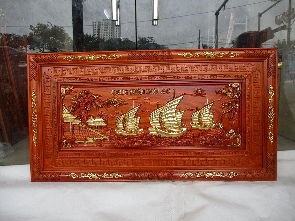Tranh gỗ hương Thuận Buồm Xuôi Gió khung triện thếp vàng 1m27 - TGPX2214
